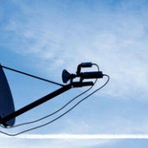 Italia: incluso los satélites necesitan FTTH