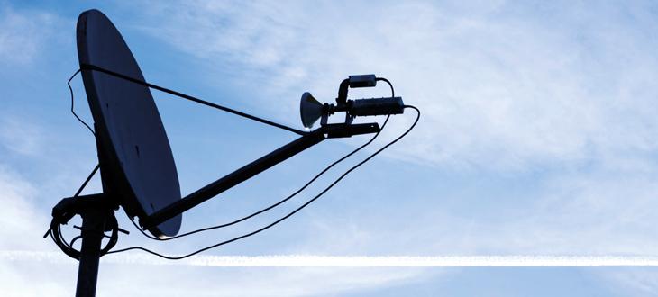 Cables para operaciones militares terrestres